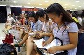 9名初中英语教师 咸宁高新外校比拼
