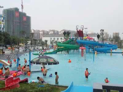 记者探访咸宁市区游泳点  看看哪个适合您