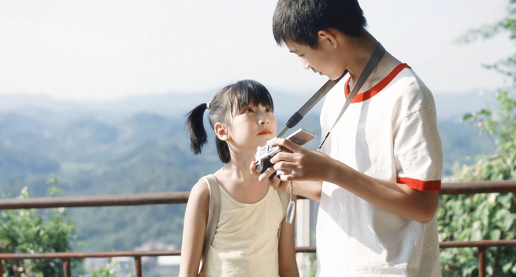 """年仅10岁的她,成为今夏最耀眼的""""戏精"""",王圣迪时尚大片出炉"""