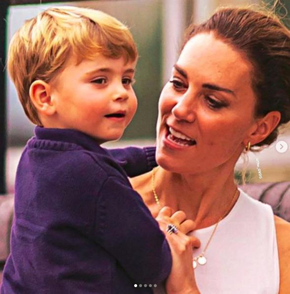 凯特抱路易上杂志封面尽显母爱真谛,成为贤妻良母需从透视裙说起