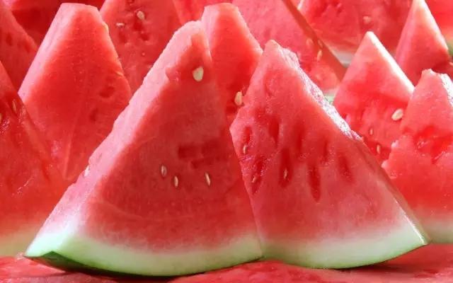 西瓜要挑这样的才好吃,可惜知道的咸宁人太少了!