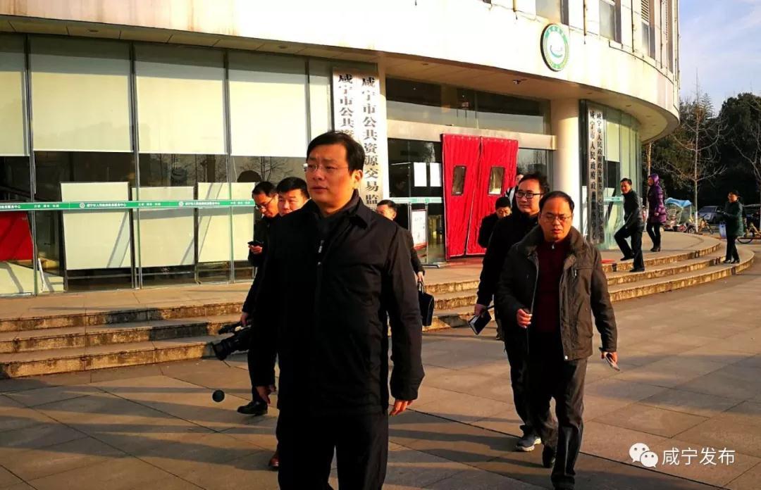 【政务】春节将至,市委书记来查岗了!他强调:严守工作岗位,保持良好工作状态!
